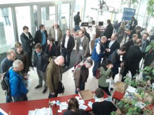 Gide2015 Vienna: Die Schar am Morgen vor Konferenzbeginn